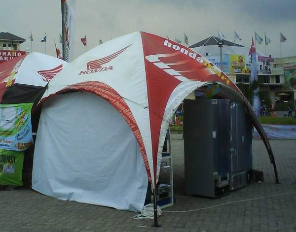 Tenda Dome Kredit